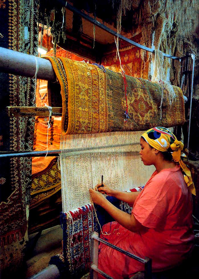 Berber Carpet Weaving Traditions Of Morocco Morocco