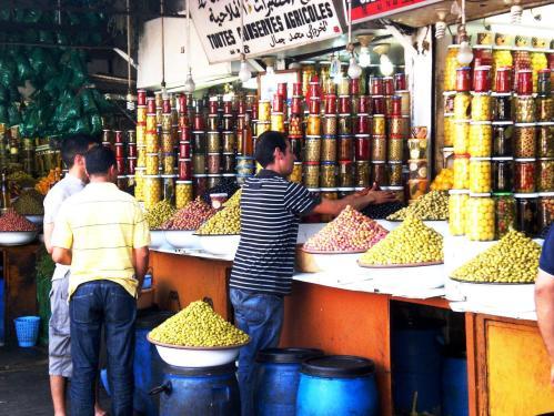 http://moroccotravelblog.files.wordpress.com/2010/05/cimg3544-olives21.jpg?w=500&h=375