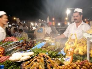 Eating in Djemaa El Fna Square, Marrakech Street Food
